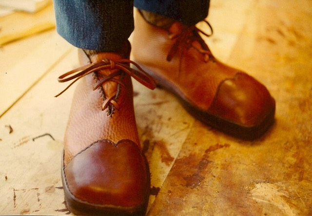 Brown tan shoes 3